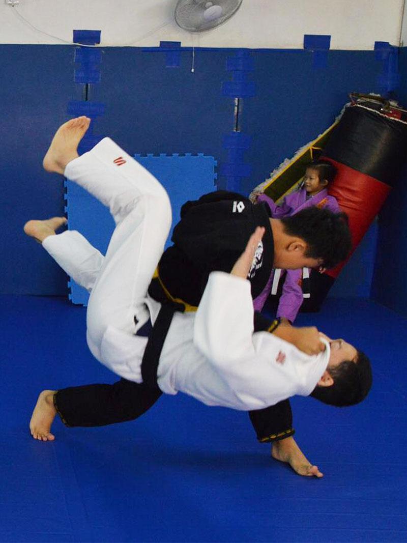 Kowloon Jiu Jitsu Adult Judo